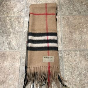 NWT Burberry Classic Giant Check Cashmere Scarf